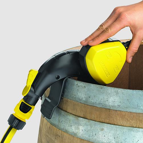 Pompa do zasysania wody z beczek BP 1 Barrel: Przełącznik on/off zintegrowany z pływakiem