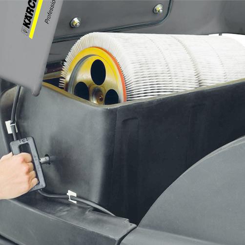 KM 100/100 R Bp: Duży, okrągły filtr falisty z automatycznym systemem oczyszczania.