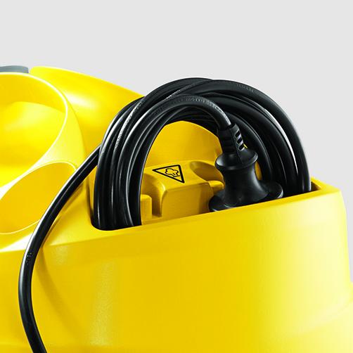 SC 4 EasyFix – zestaw z żelazkiem: Schowek na przewód elektryczny na obudowie