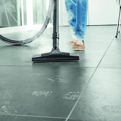 SV 7: Wygodna w użyciu dysza podłogowa