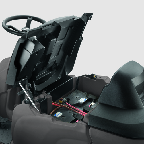 szorowarka-z-fotelem-dla-operatora-karcher-b-90-r-classic-bp-1.161-306.2: Możliwość montowania różnych typów baterii.