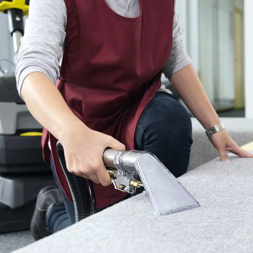 urzadzenie-do-czyszczenia-wykladzin-tekstylnych-automat-do-wykladzin-brc-40-22-1-008-062-0-dysza-reczna