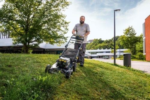 utrzymanie-terenow-zielonych-kosiarka-lm-530-36-bp-pack-1-042-501-0-a